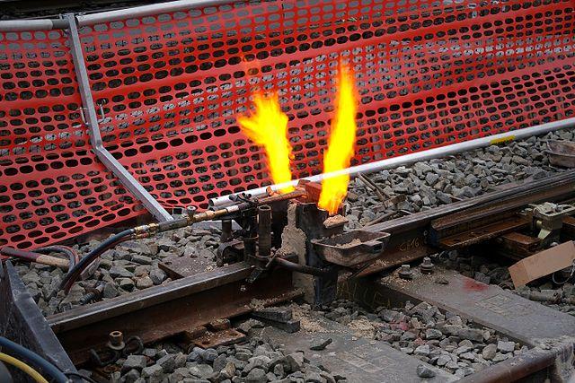 St_Gallen_-_Track_Welding_(31595736235)